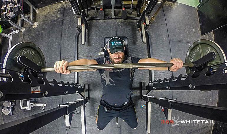 Cam Hanes lifting