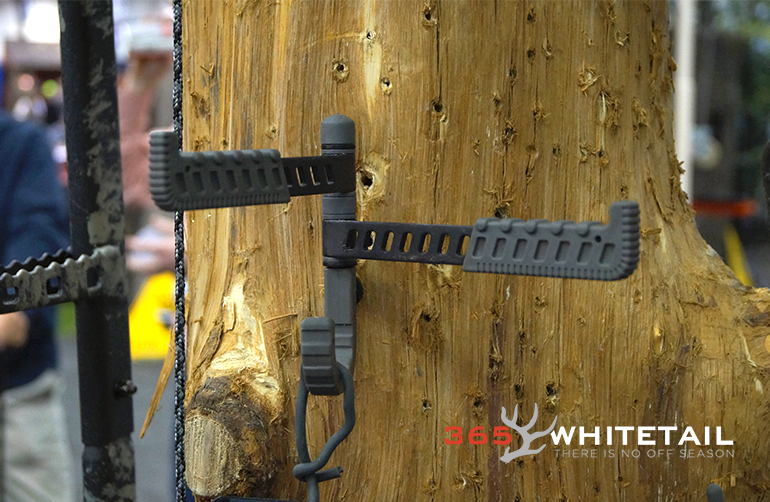 Hawk Hybrid Tree Hook ata 2015