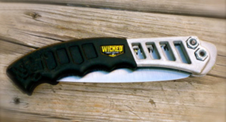 Wicked-Tree-Gear-Hand-Saw